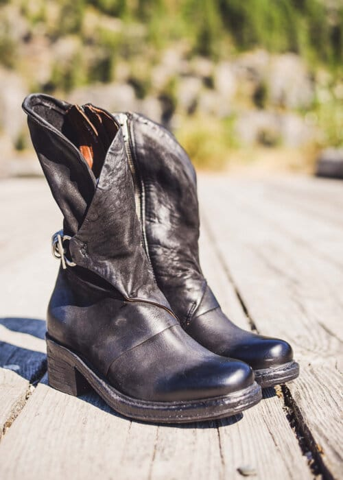 AS98 Italian Leather Maeve Boots : Nomads Hemp Wear