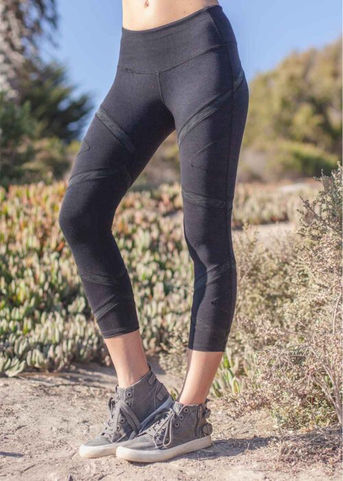 symmetry capris leggings in bamboo and organic cotton by Nomads Hemp Wear